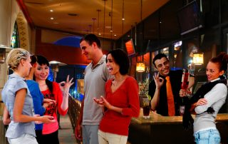 夜夜笙歌:去酒吧消遣必要認識的英語